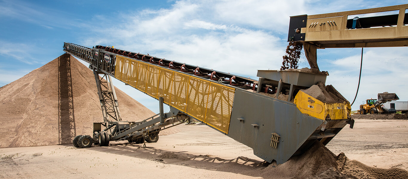 telescoping conveyor at Apex Sand and Gravel