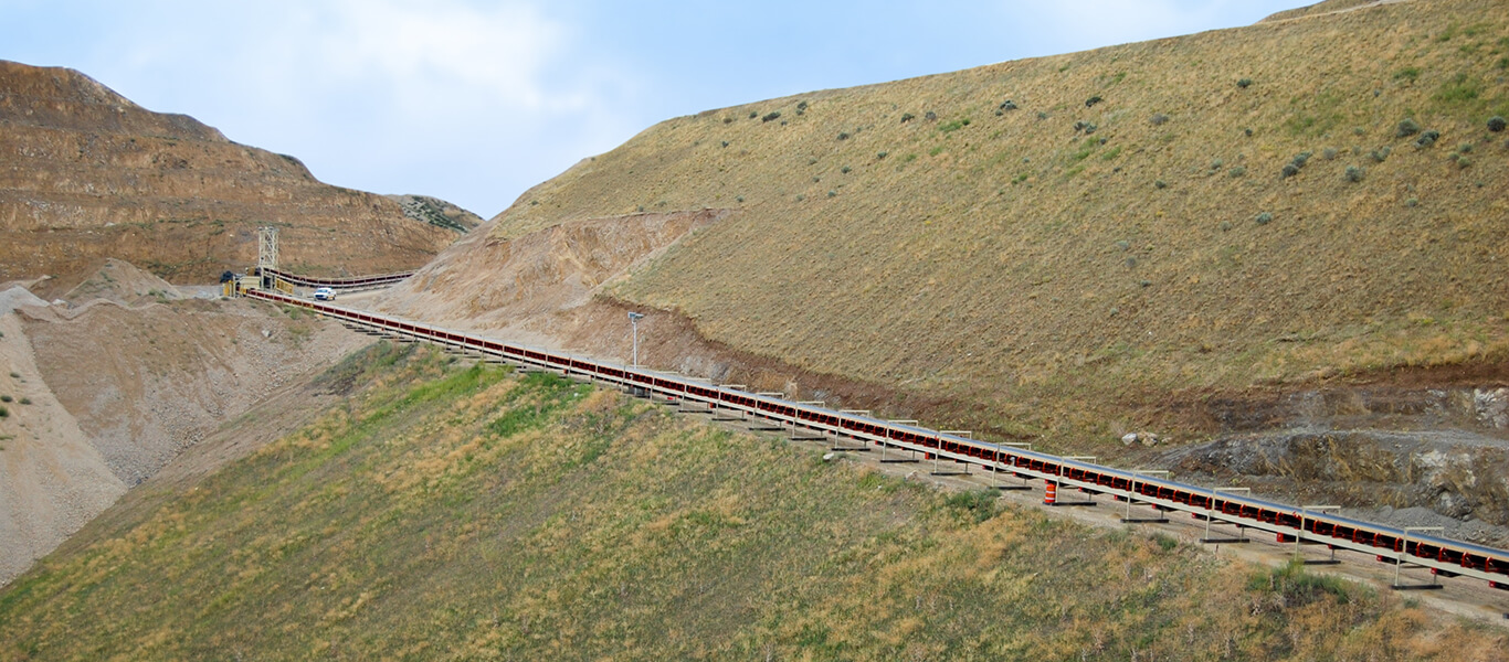 Superior Industries' overland conveyor custom engineered for Geneva Rock Products.