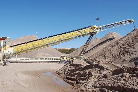Telescoping conveyor conveyor from Superior Industries