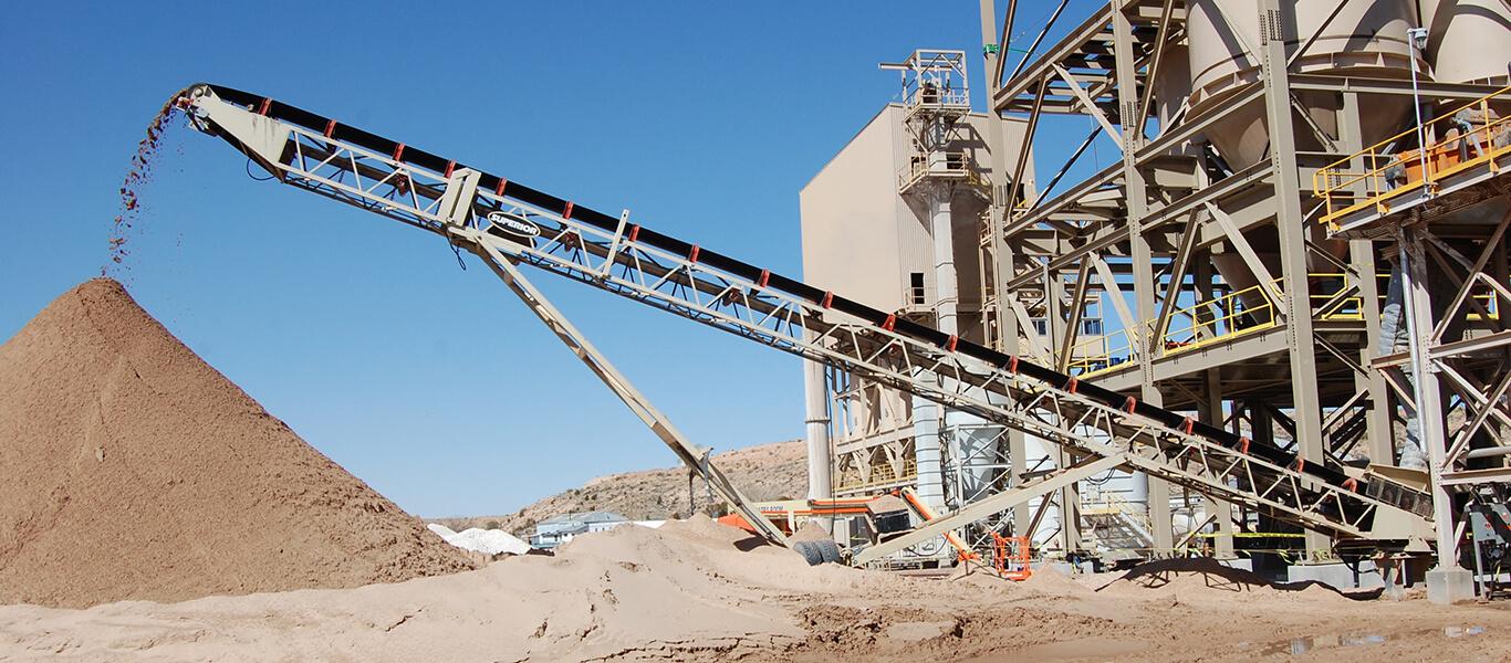 stacking conveyor.