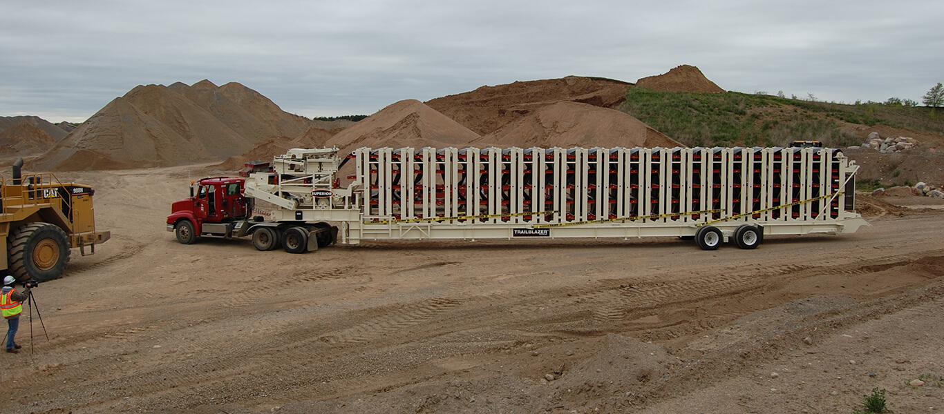 overland conveyor in transfer point.