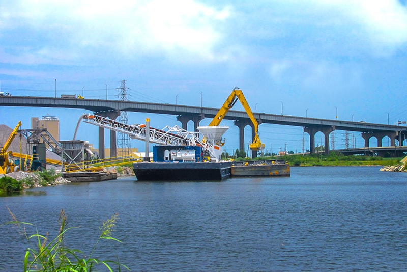 Conveying - barge loading - 08 by Superior Industries