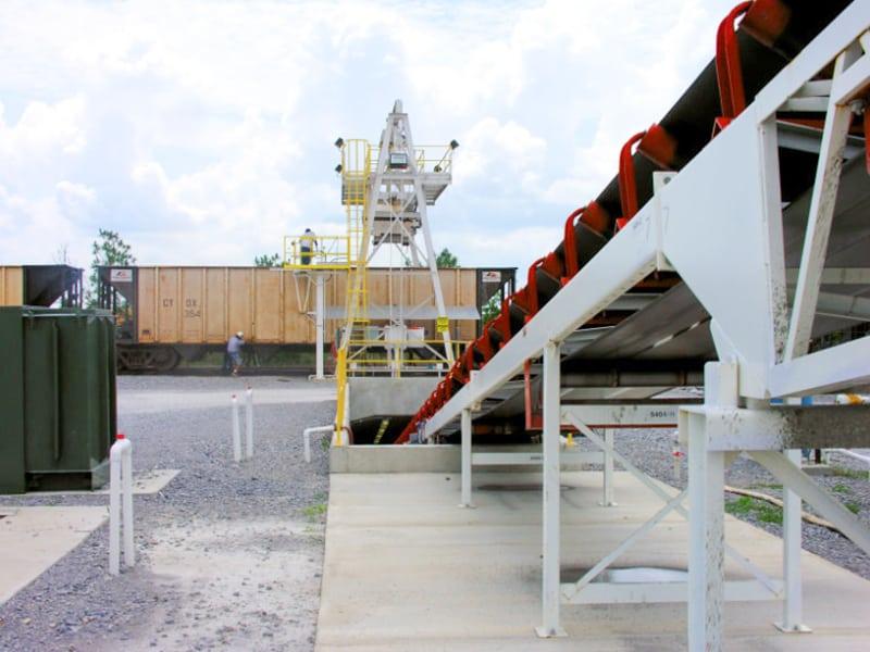 conrad-yelvington-rail-load-out