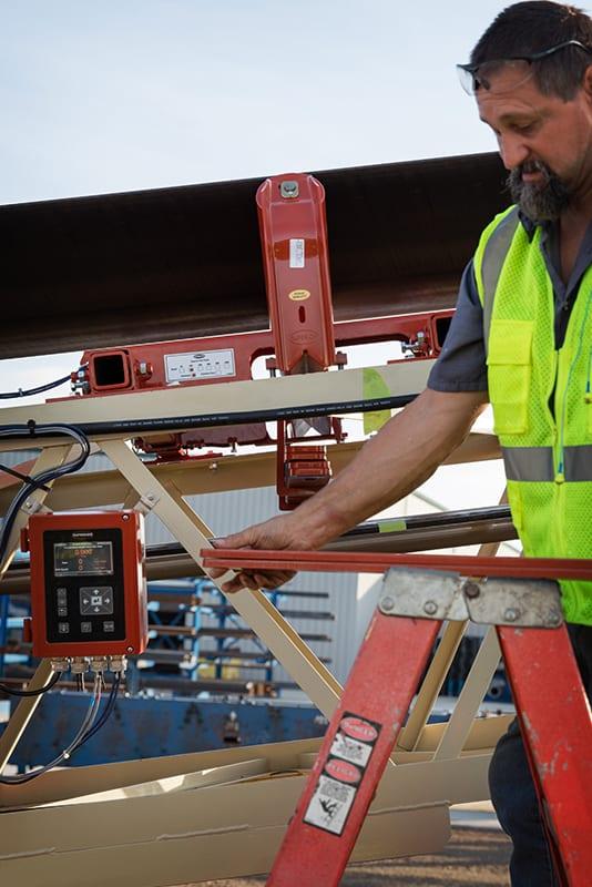 Instalação da balança de correia pelos técnicos de serviço da Superior