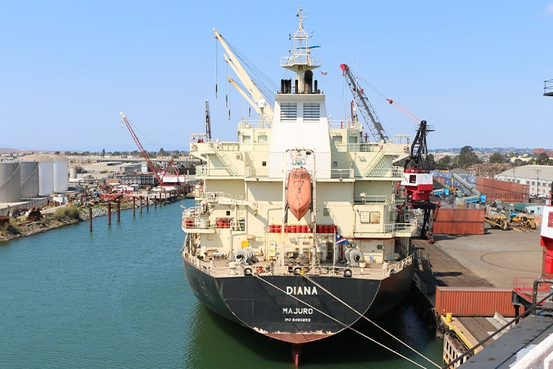customer-story-levin-richmond-terminal-shiploading-by-superior-industries