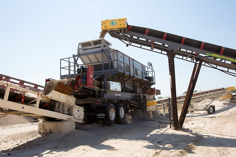 customer-story-wade-quarries-guardian-horizontal-screen-by-superior-industries-3