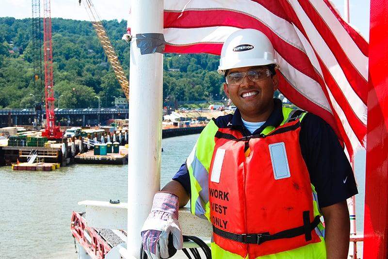 customer-story-weeks-marine-barge-mounted-telestacker-by-superior-industries-5