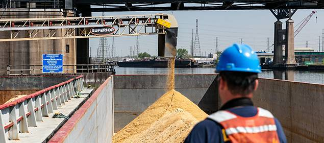 Ship or Barge Loading Conveyors | Superior Industries