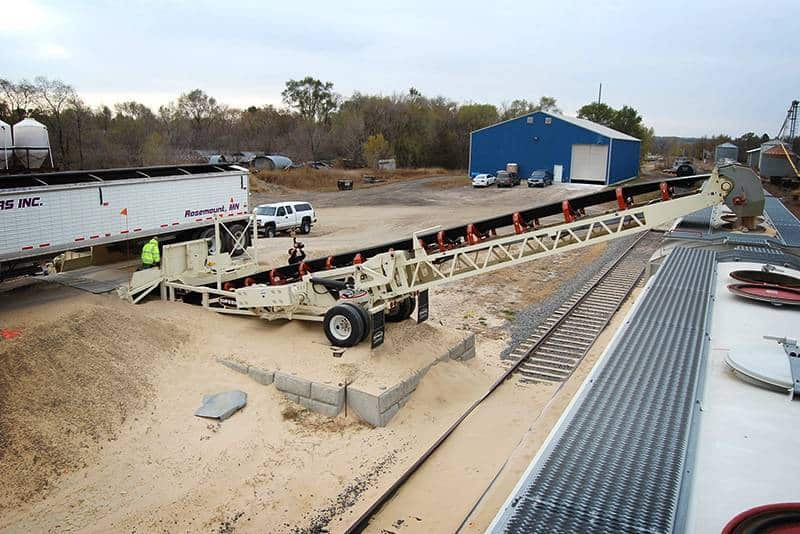 Frac Sand Production - RazerTail Truck Unloader | Superior Industries